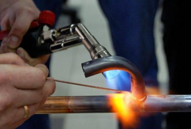 Пайка медных трубок газовой горелкой: оборудование твердый припой для пропановой горелки