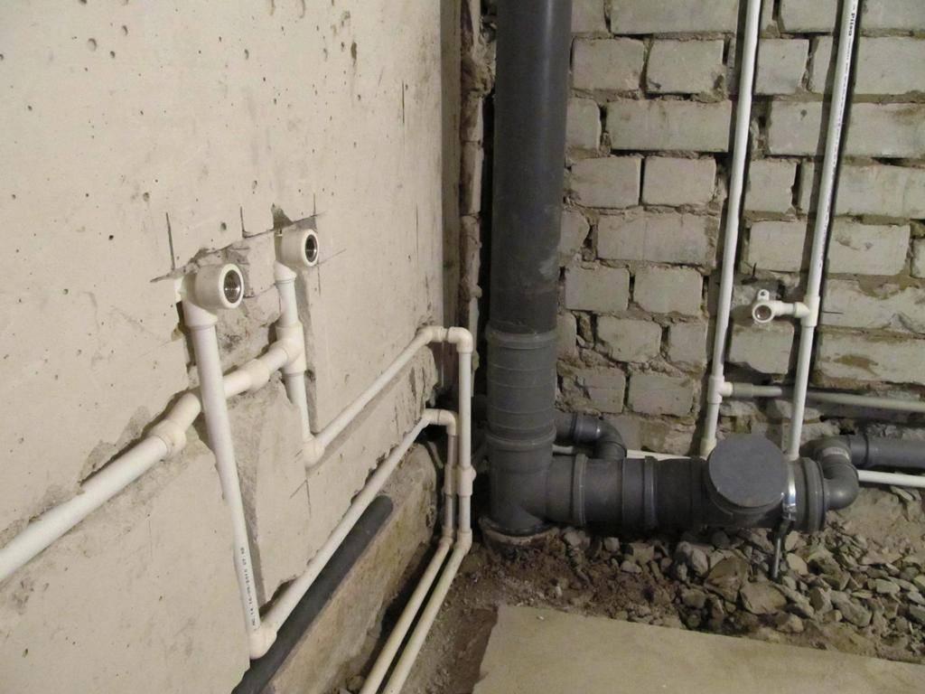 Замена стояков водоснабжения: инструкция по монтажу в квартире