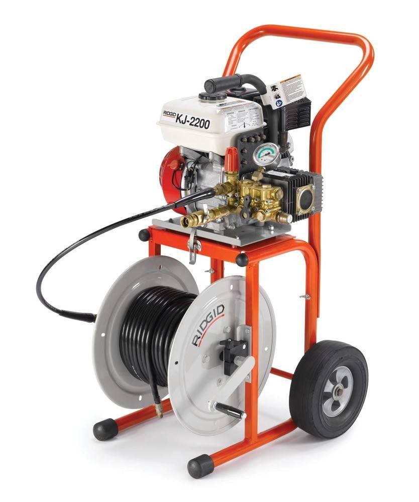 Гидродинамическая машина для прочистки канализационных труб: принцип действия