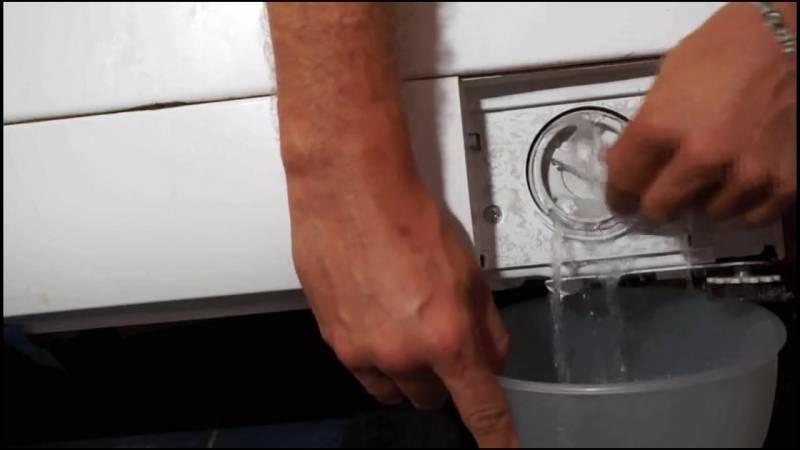 Стиральная машина не сливает воду — устраняем причины: Инструкция +Фото и Видео