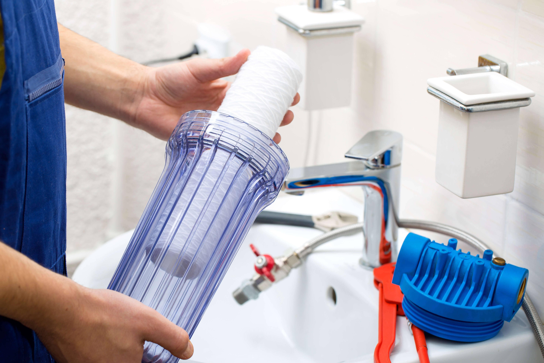 Как часто надо менять фильтры для воды под мойку?