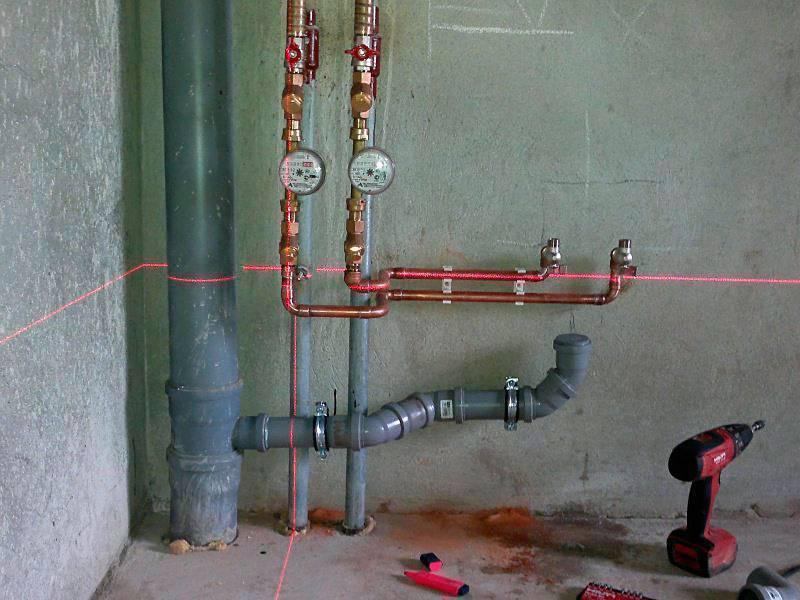 Замена труб водоснабжения в квартире: сколько стоит