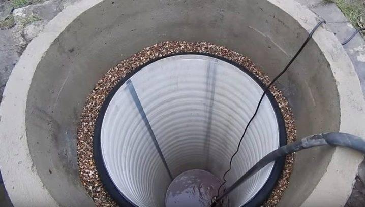 Углубление колодца: пластиковой трубой, подкапыванием
