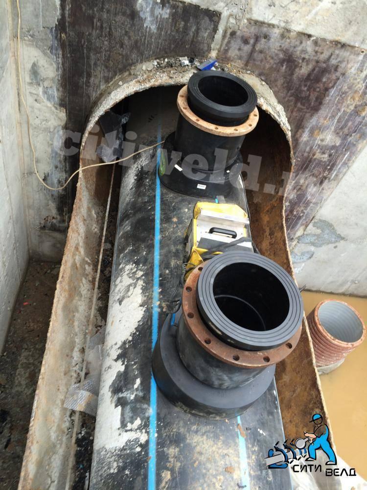 Врезка в канализационную трубу 110 мм (канализацию)