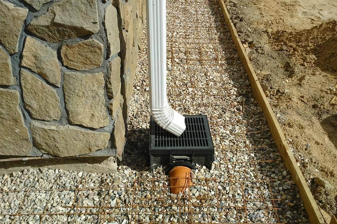 Дождеприемники для ливневой канализации: установка и монтаж своими руками