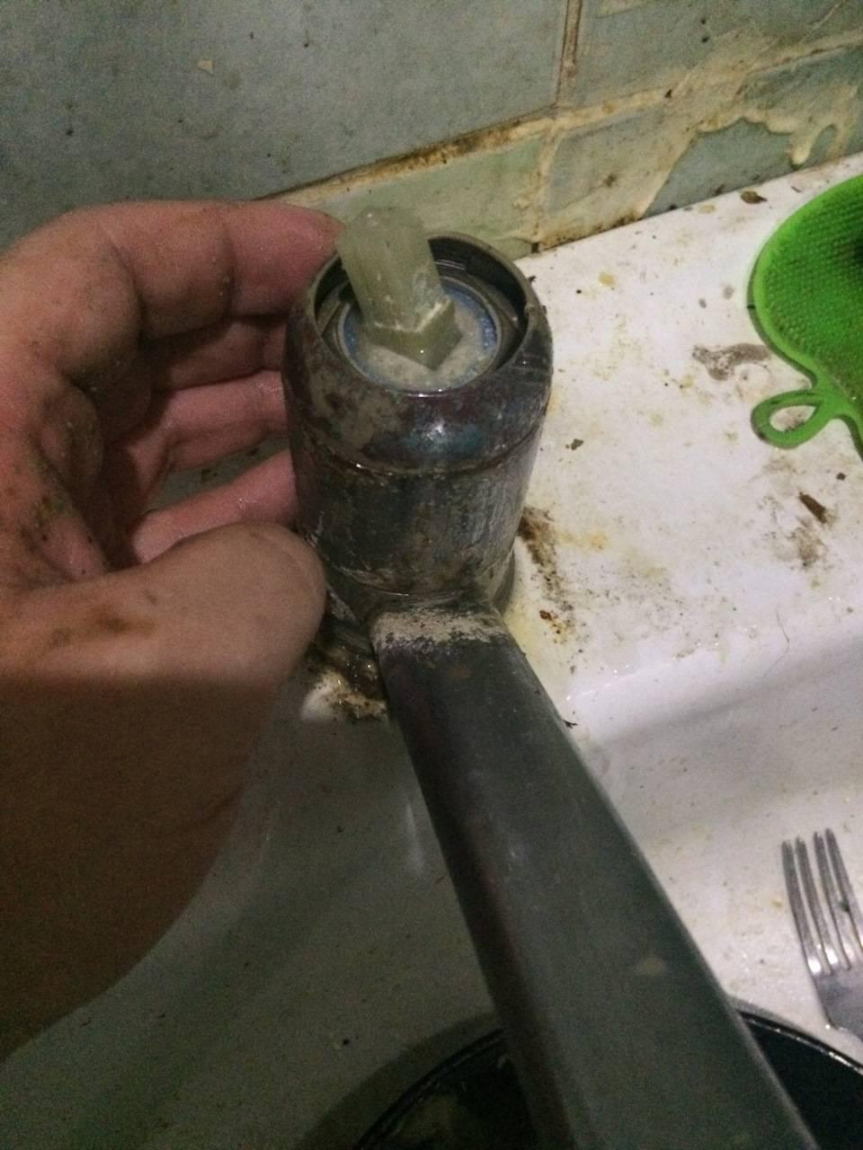 Как поменять картридж в смесителе в ванной – инструкция, видео