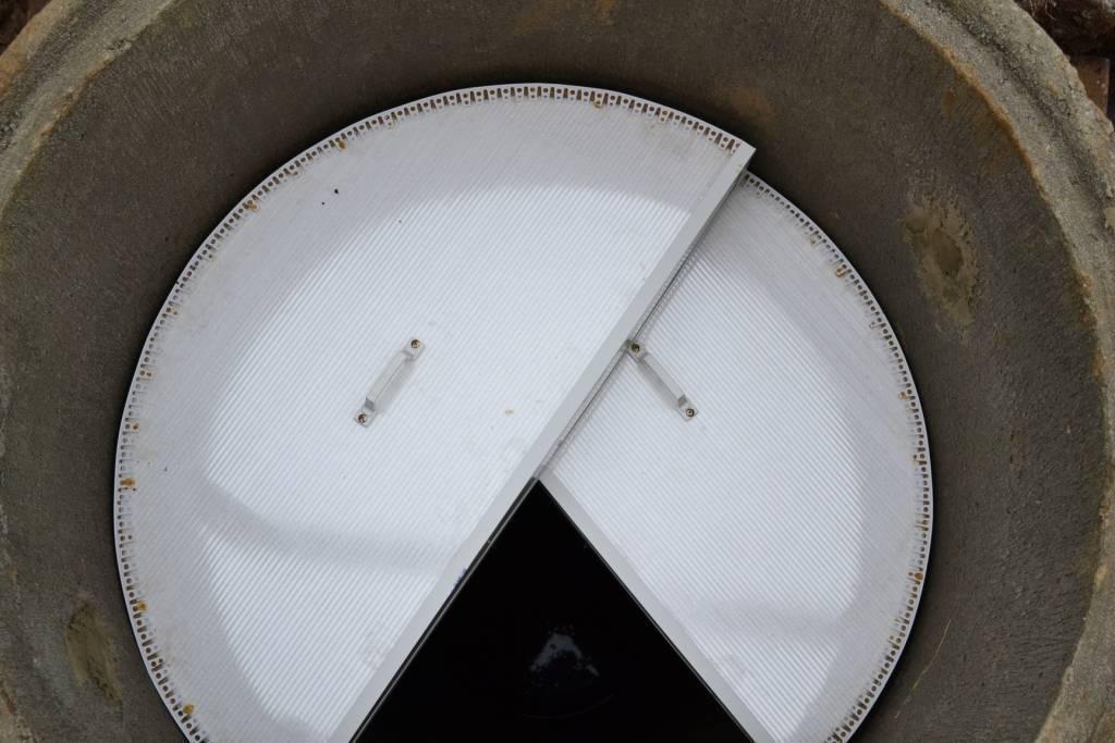 Утепление колец бетонного колодца на зиму своими руками