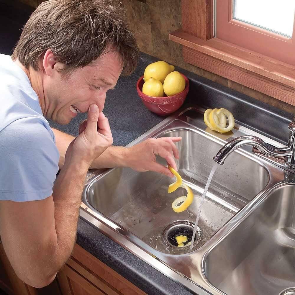 Как устранить запах канализации в ванной, туалете, на кухне
