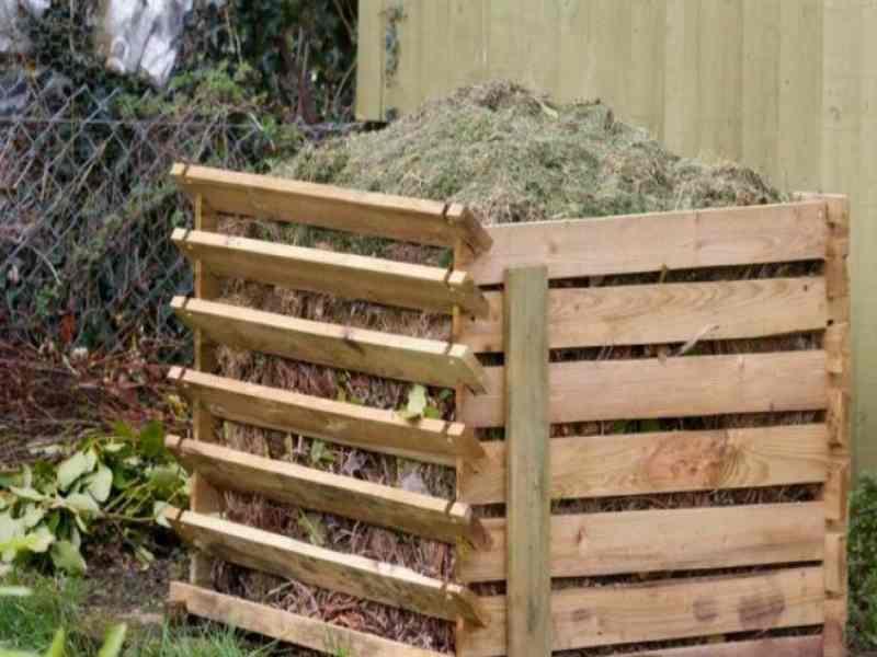 Как сделать компостную яму на даче: инструкция от а до я