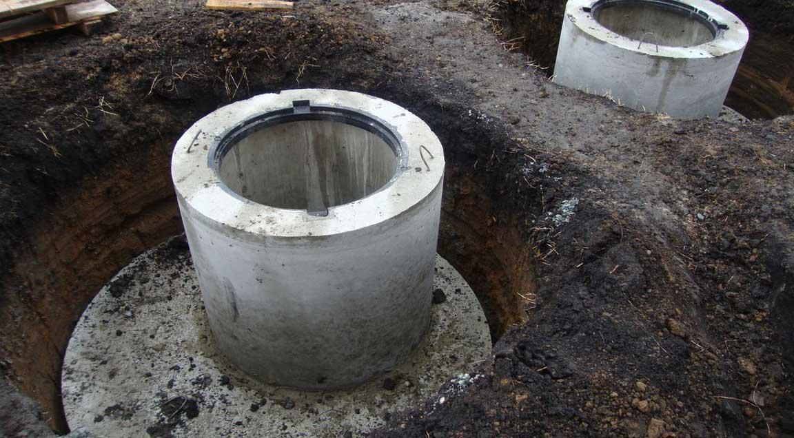 Установка септиков из бетонных колец | монтаж и копка переливных септиков под ключ в москве и московсокой области