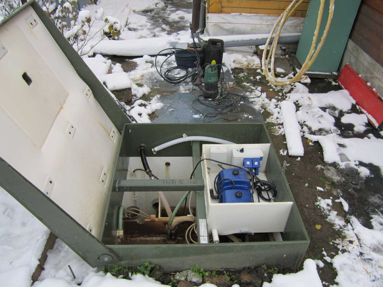 Установка септика зимой - все о канализации
