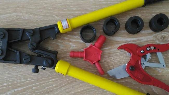 Фитинги для металлопластиковых труб: 95 фото лучших моделей и советы по выбору производителя