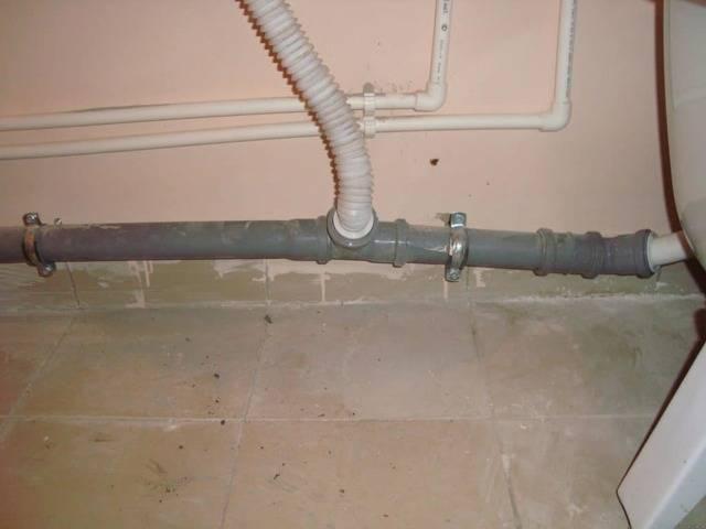 Почему в ванной пахнет канализацией? причины и способы предотвращения