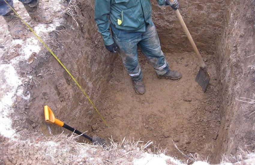 На какую глубину закапывать септик: как правильно выкопать септик своими руками, как копать, глубина установки септика, фото и видео примеры