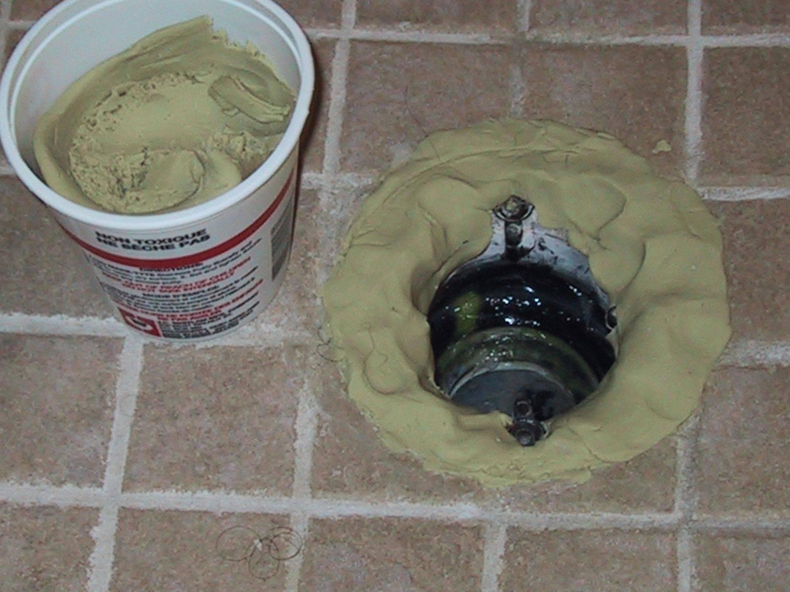 Виды герметиков для канализационных труб