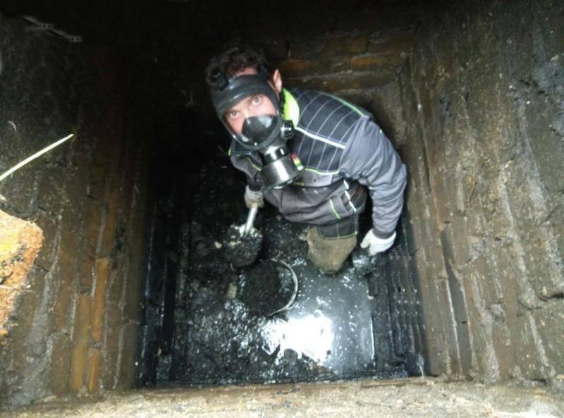 Как очистить выгребную яму в частном доме без откачки