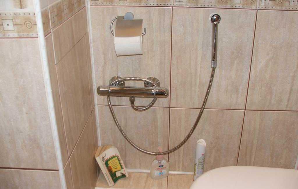 Как выбрать и правильно установить гигиенический душ для унитаза
