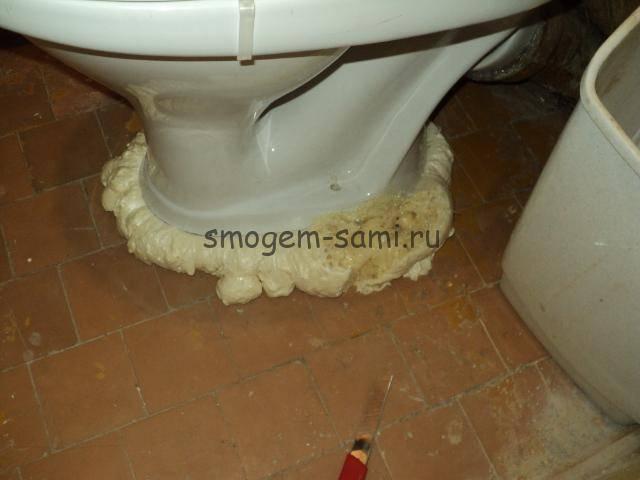 Способы монтажа унитаза к полу: крепление дюбелями, при помощи тафты и на клеевую основу