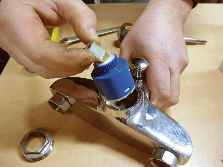 Как починить кран на кухне и в ванной: пошаговая инструкция
