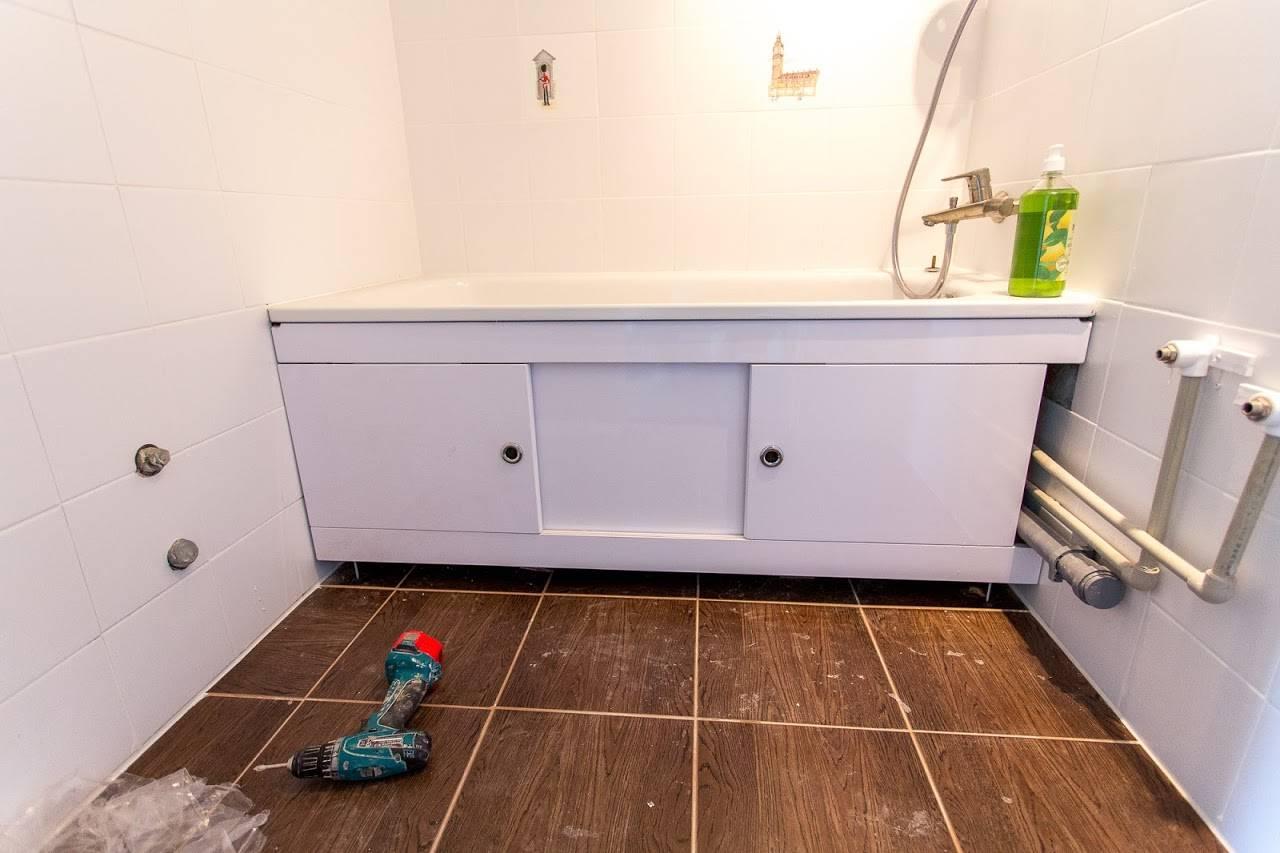 Экран под ванну (104 фото): сделать из плитки своими руками в ванную комнату, раздвижной стеклянный экран
