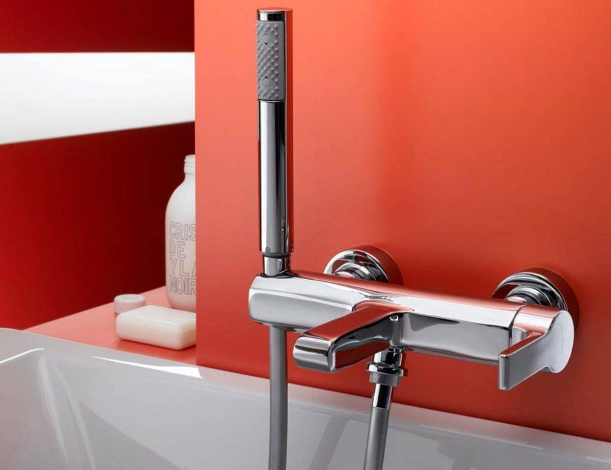 Какие бывают маленькие душевые кабины для ванной