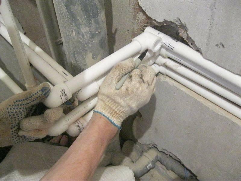 Замена труб в ванной и туалете: как поменять своими руками старые трубы