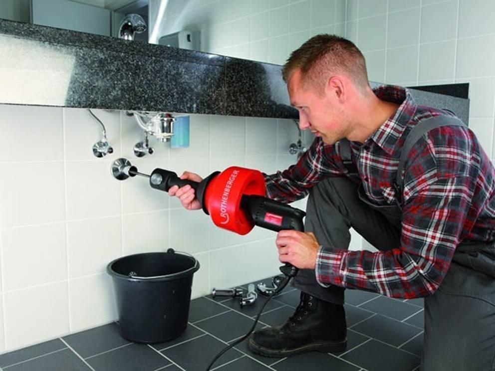 Прочистка канализации, очистка канализационных труб в частном доме по лучшей цене в москве