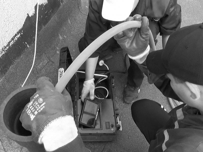 Блокировка канализации должникам: оборудование, заглушки и законность действий