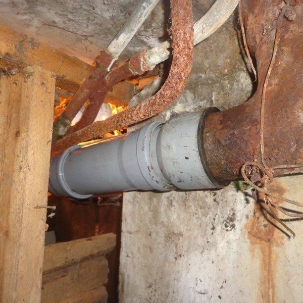 Как поменять чугунную канализацию на пластиковую? - отопление и водоснабжение от а до я