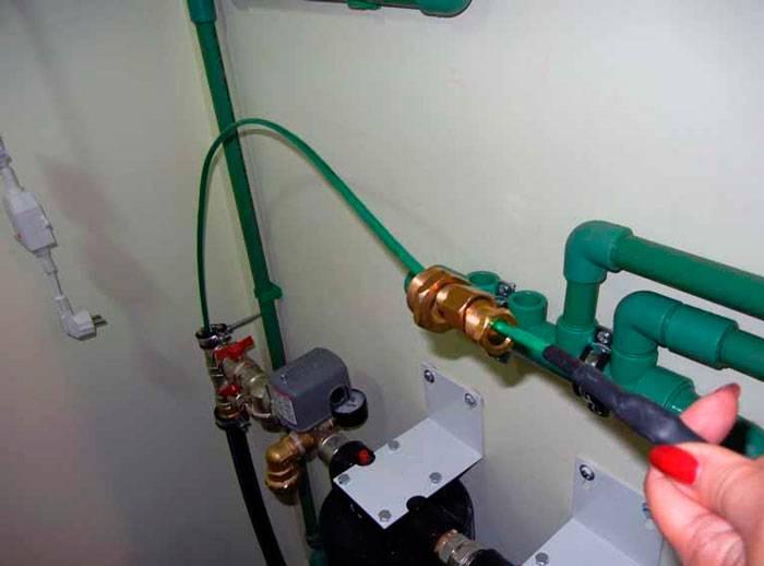 Кабель для обогрева водопроводной трубы - принцип действия, виды, монтаж