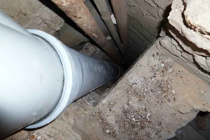Замена стояка канализации: необходимый инструмент и приспособления, демонтаж и установка