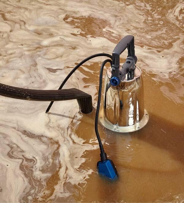 Насос для откачки воды: прибор для подвала и выгребных ям: откачивание без насоса