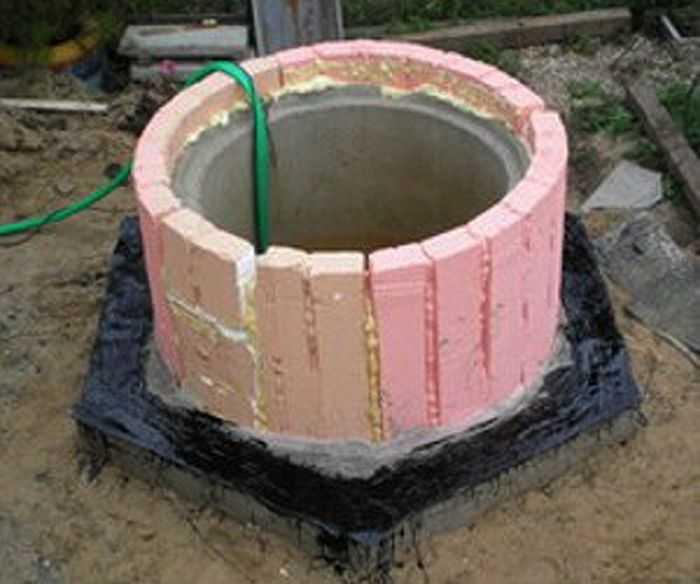 Септик или автономная канализация: что лучше подходит для загородного дома?
