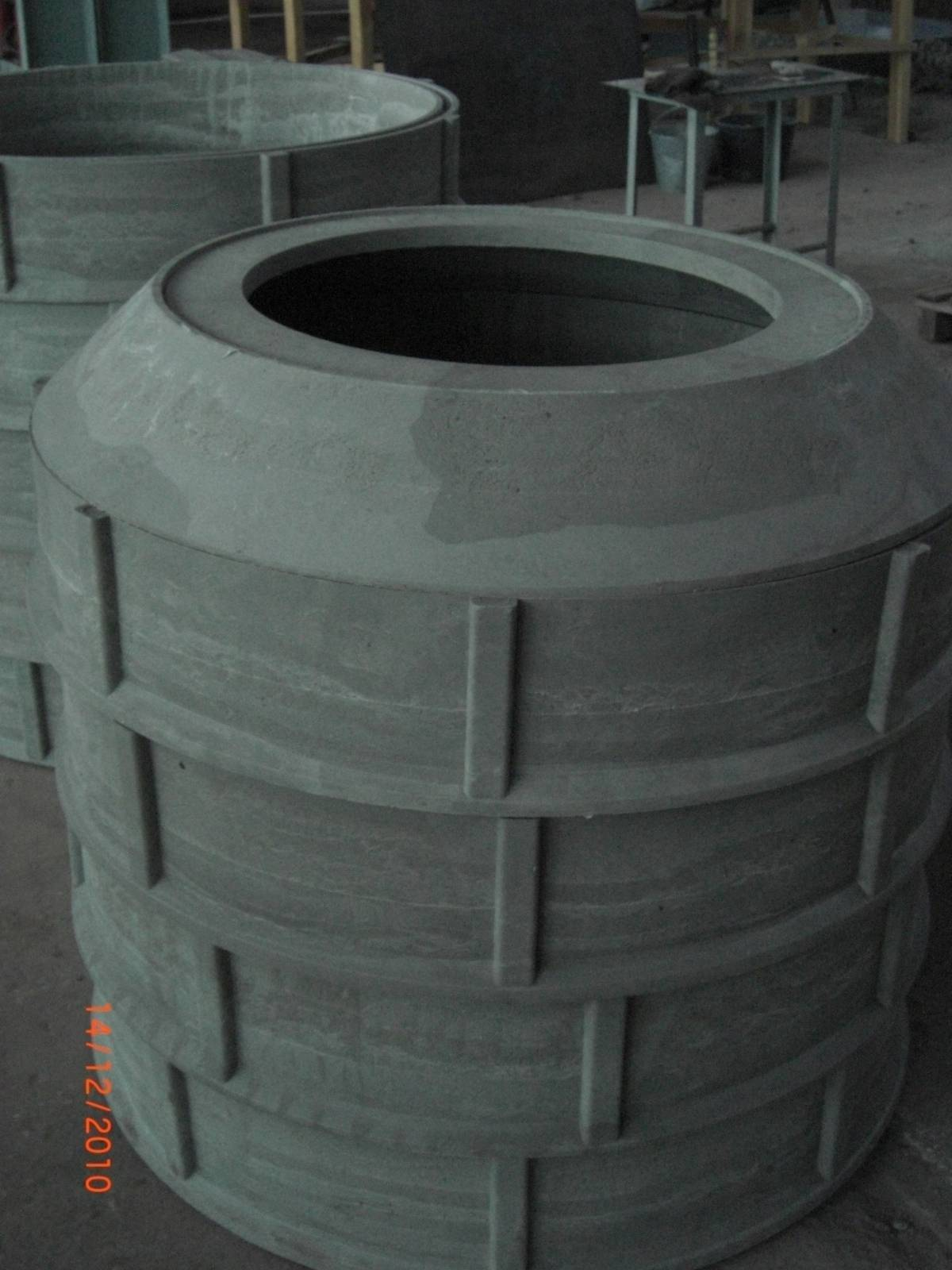 Установка колец в колодец: виды монтажа конструкций