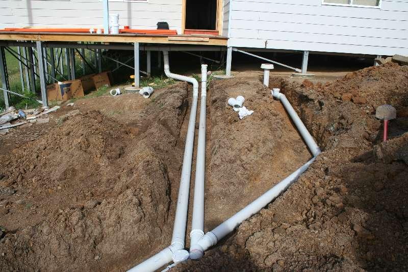 Рассмотрим устройство канализации в частном доме. инструкция с фото и видео от ведущих специалистов.