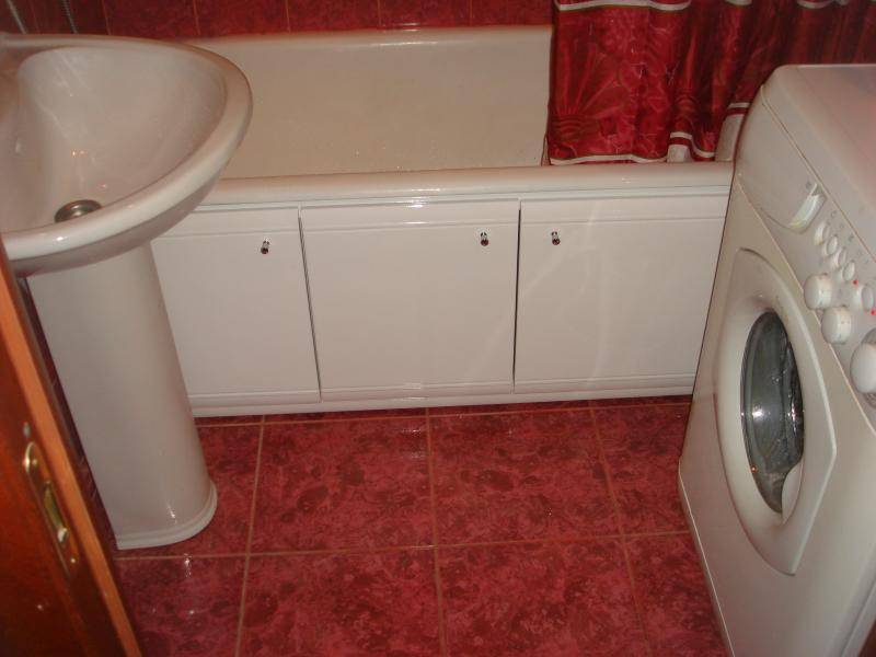 Экран под ванну своими руками: щит, дверцы для ванны, раздвижной экран из панелей пвх, дверки под ванной, что можно сделать