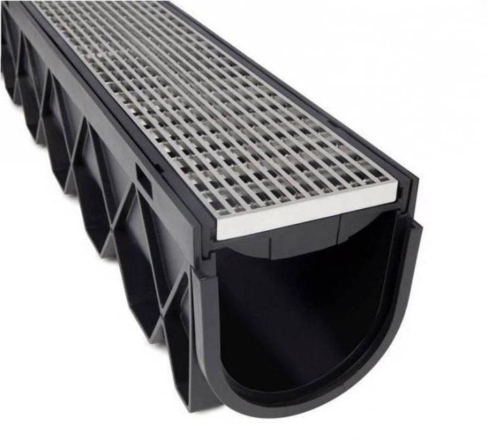 Дренажные лотки пластиковые водоотводные каналы и системы с решеткой: виды и цены +фото и видео