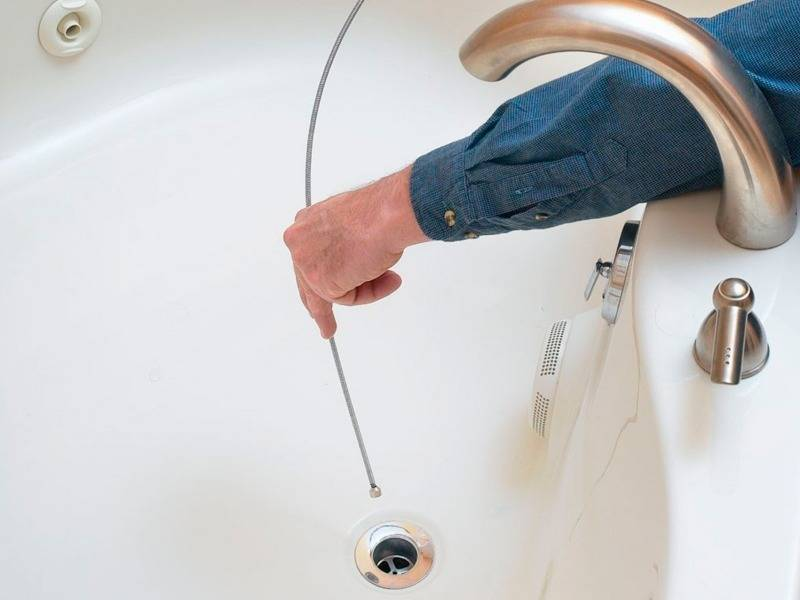 Плохо уходит вода в ванной засора нет