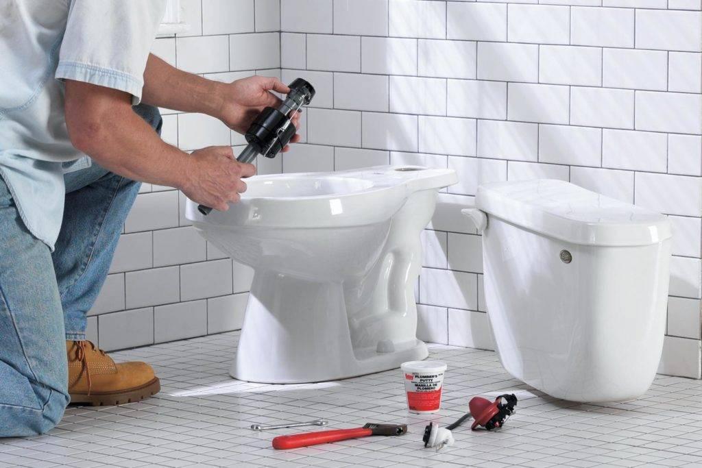 Как установить унитаз на плитку своими руками: инструкции и рекомендации