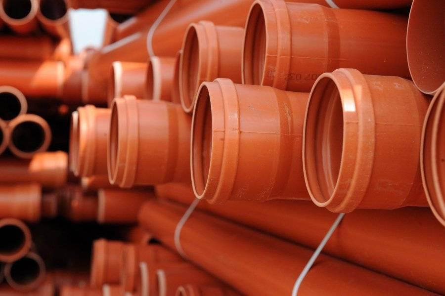 Отличие канализационных труб наружных от внутренних, рекомендации по выбору
