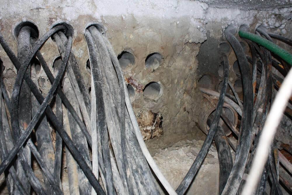 Устройство кабельной канализации и по каким нормам и правилам её проводят: Инструкция +Фото и Видео