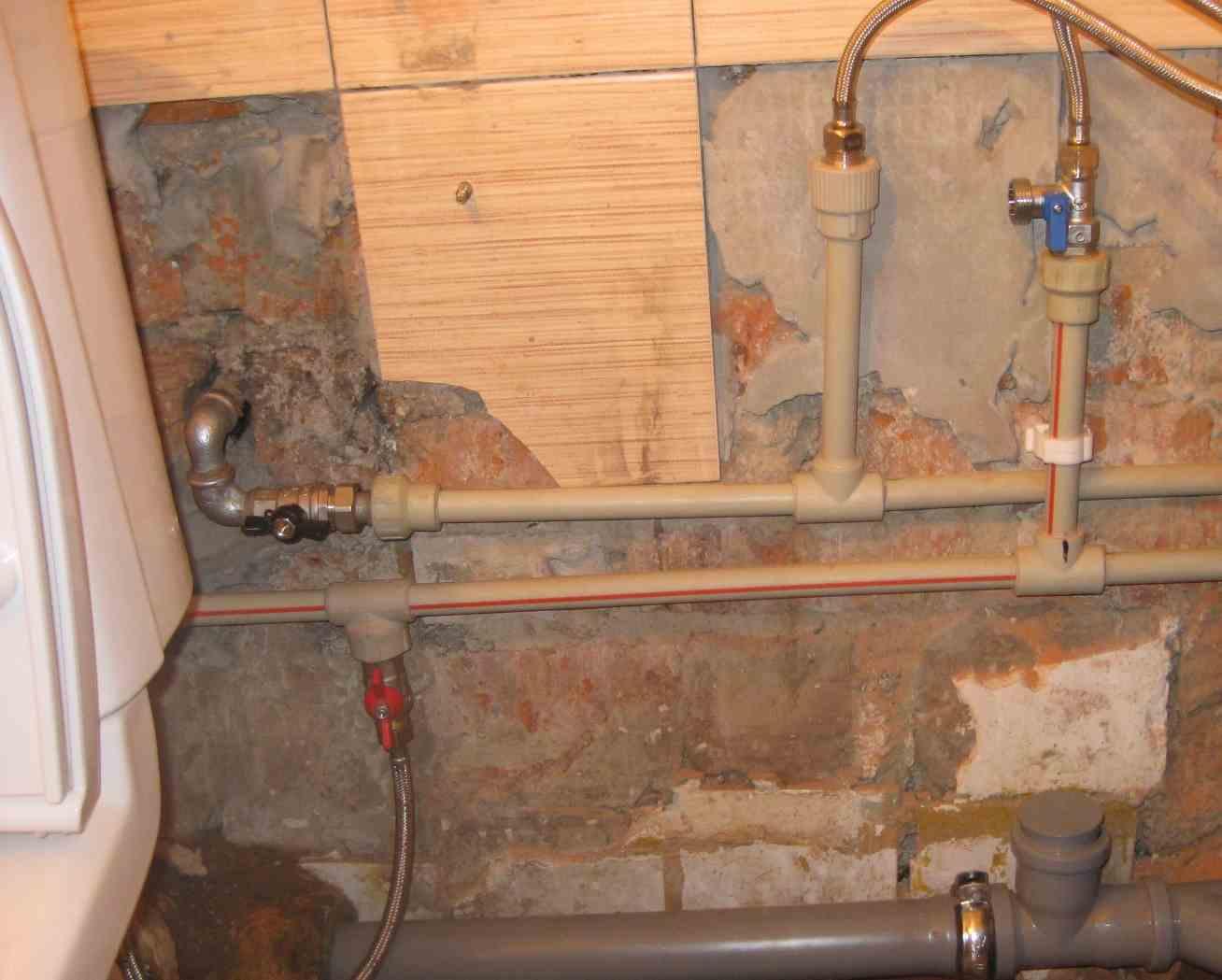 Ремонт трубопровода водоснабжения (водопровода)