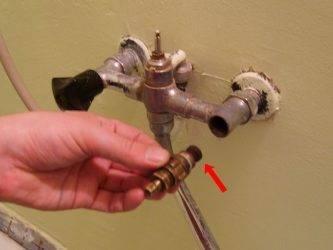 Почему шумит водопроводный кран: причины шума и их устранение