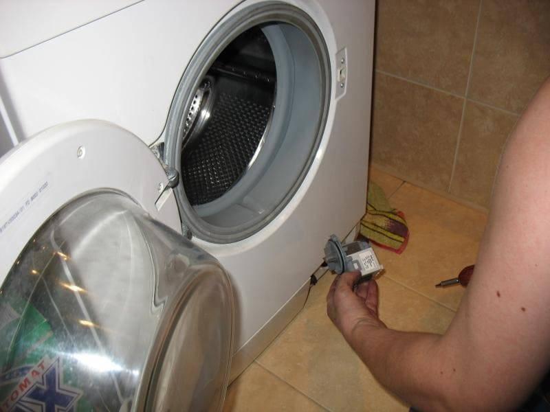 Машинка, отпирайся! или что делать, если стиральная машина не открывается