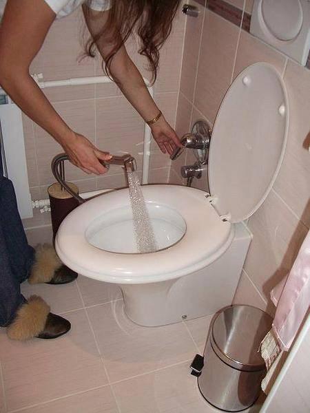 Биде приставка к унитазу со смесителем: вставка для туалета с функцией омовения