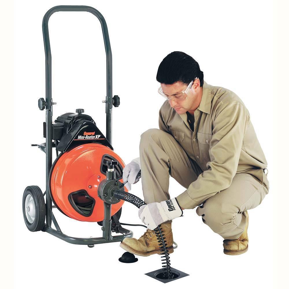 Оборудование для прочистки канализации: обзор средств