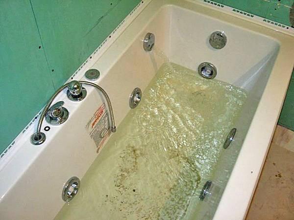 Как подключить ванну с гидромассажем?