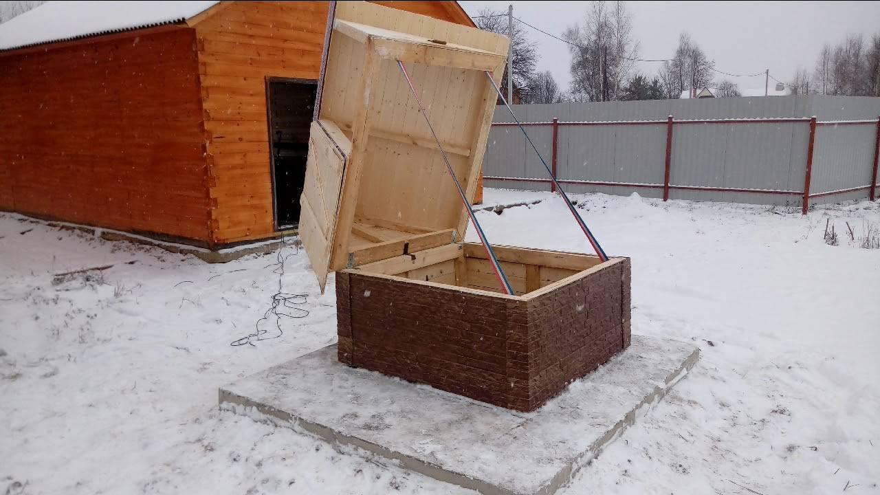 Как утеплить колодец на зиму