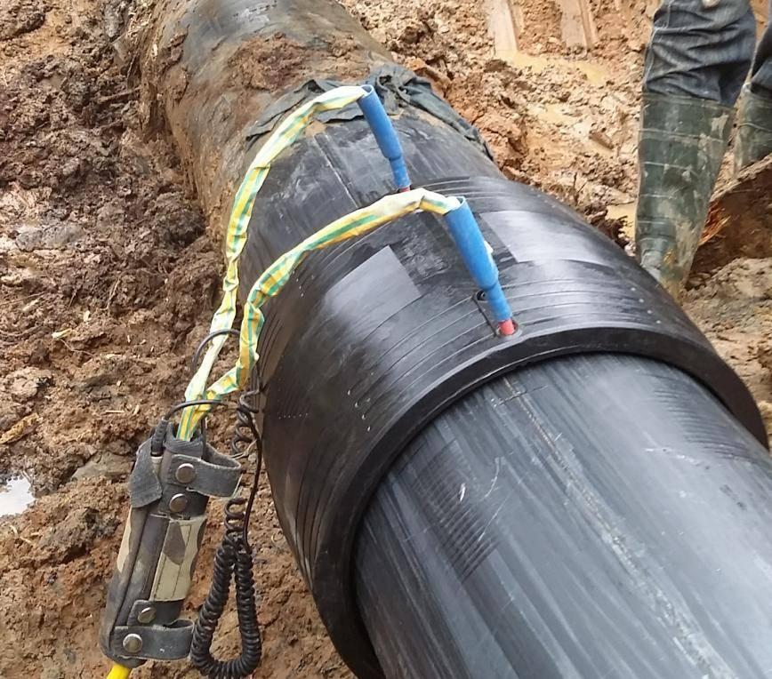 Виды труб пнд для кабеля в земле – какие лучше использовать и как укладывать