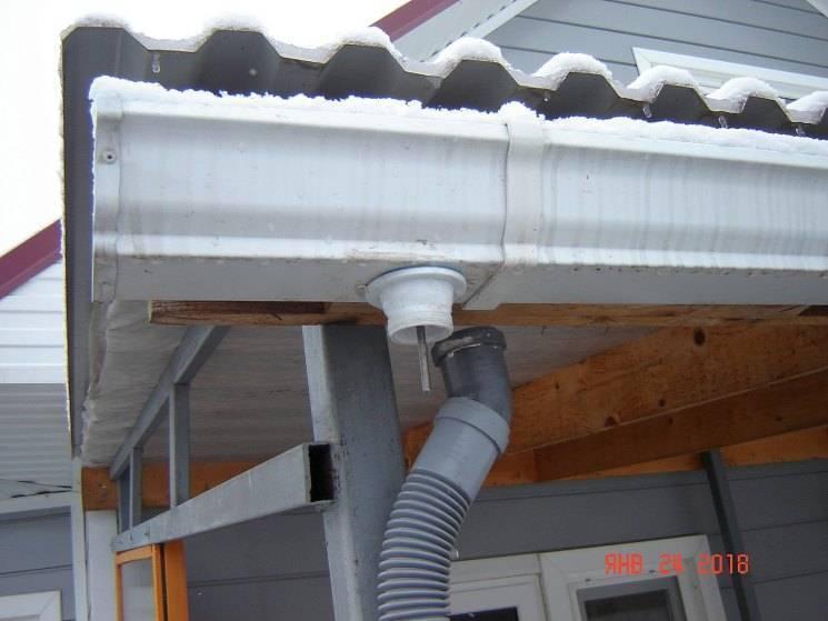 Ливневка из канализационных труб